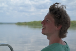 Johannes på båtsafari på Nilen